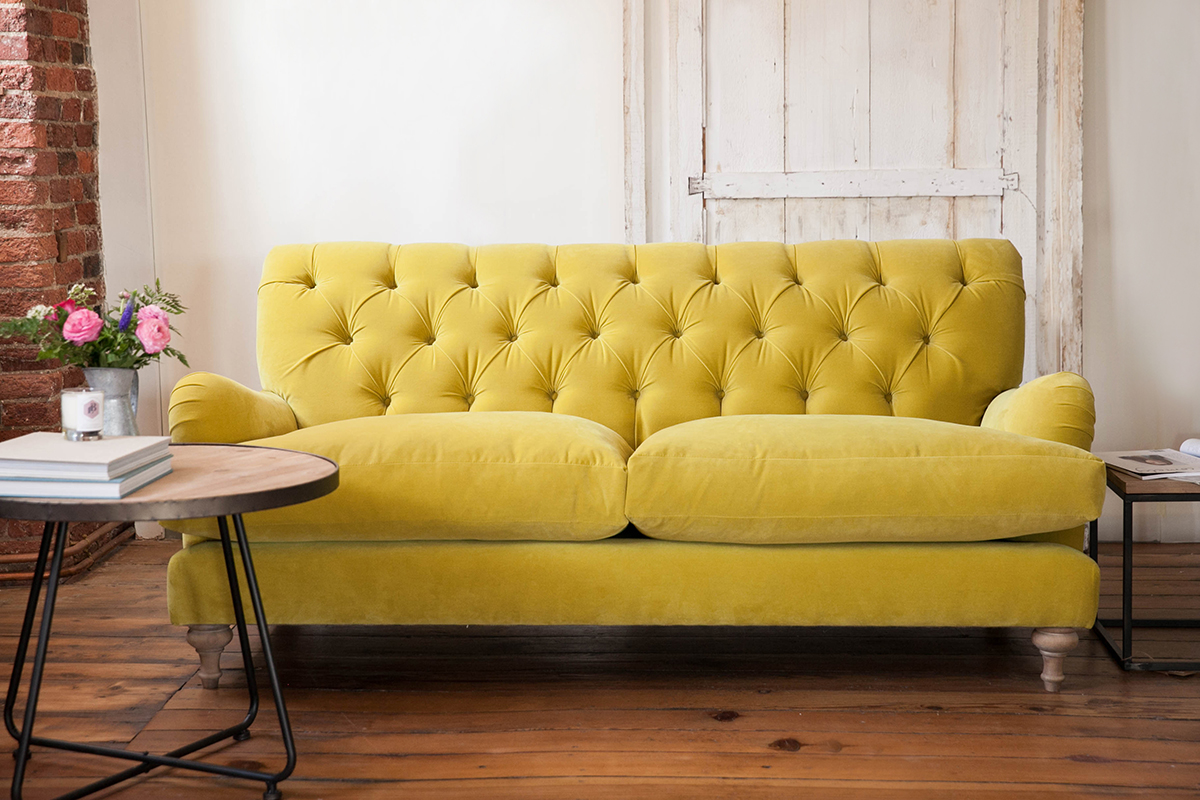 Walter buttoned sofa