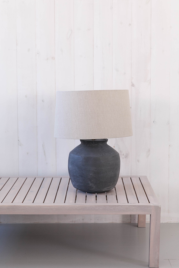 Black Clay Lamp