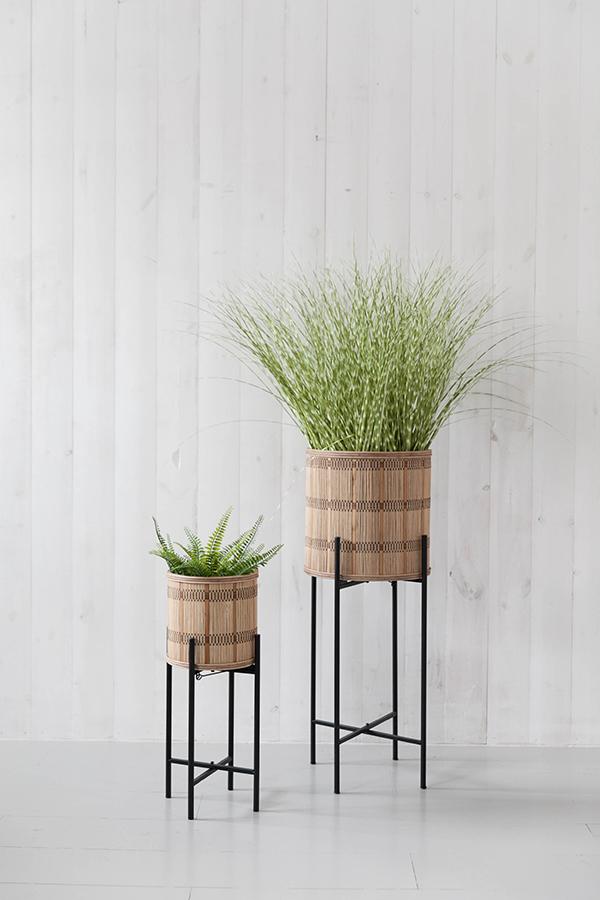 Corazo plant pot